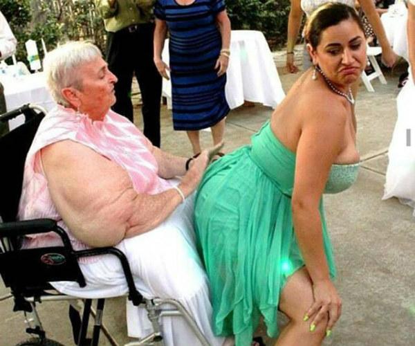 фото жопы худых бабушек